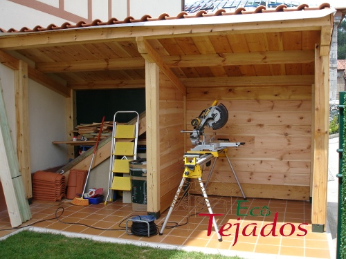 Proceso de construcci n de una caseta de - Hacer caseta de madera ...