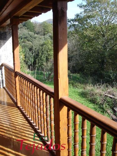 Conozca la variedad de trabajos realizados tejados porches cenadores - Balcones de madera ...