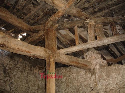 Proceso de construcci n de un tejado en for Tejado de madera madrid